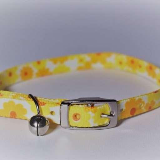 Kattenhalsbandje gele bloemen
