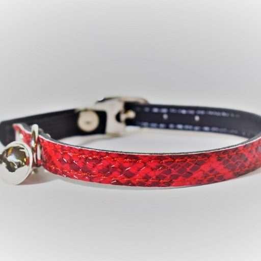 Kattenhalsbandje slangenprint rood